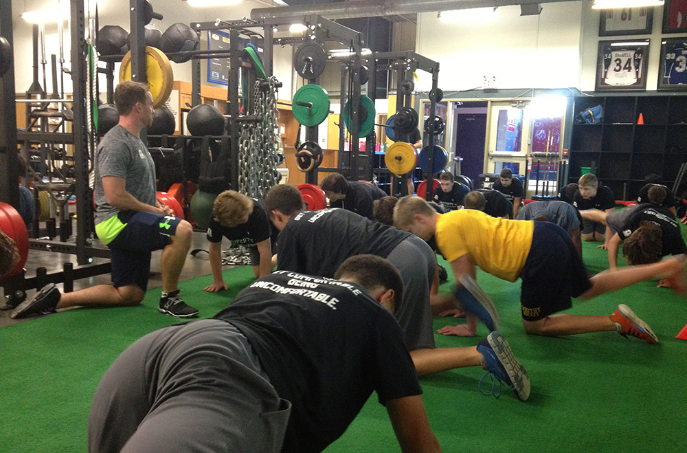 Athlete---Team-Training---Branch---Watson-Coach-Hip-Mobility